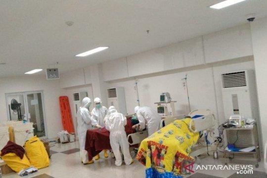 Anies minta masyarakat lapor bila ada keluhan pelayanan kesehatan