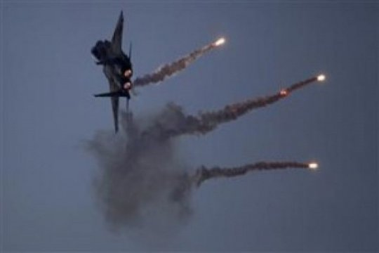 Pesawat tempur Israel serang militer Suriah, pasukan Al Quds Iran