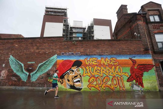 Cara seniman jalanan mengapresiasi Liverpool FC sebagai kampiun Liga Inggris