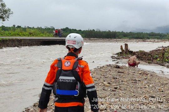 Warga Iwaka dan Trans-Nabire terdampak banjir bandang diungsikan