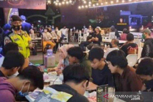 Pemkot: 25 persen tempat usaha di Bekasi langgar protokol kesehatan