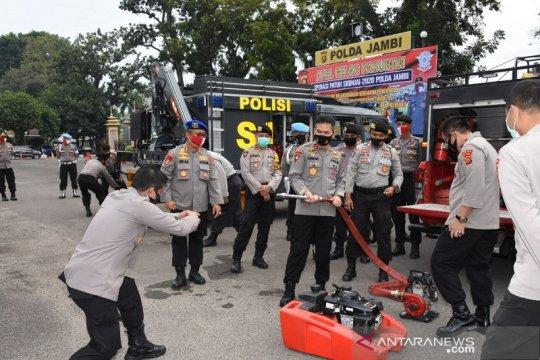 Kapolda Jambi cek kendaraan perlengkapan penanggulangan karhutla