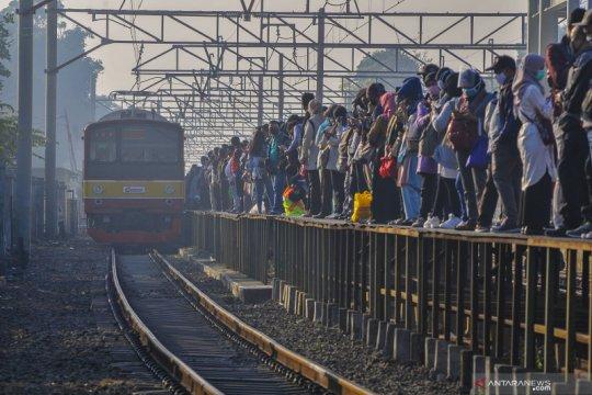 Pascalibur Idul Adha, penumpang KRL bertambah 1.204 orang Senin pagi