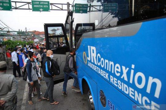 Rencana pengenaan tarif untuk penumpang bus bantuan