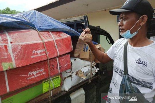 Polisi sita 2.000 kilogram daging beku impor tidak layak di Babel