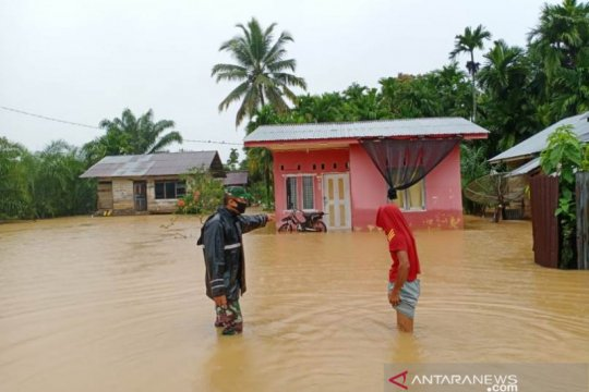 Sebanyak 1.119 kepala keluarga di Aceh Jaya terdampak luapan banjir