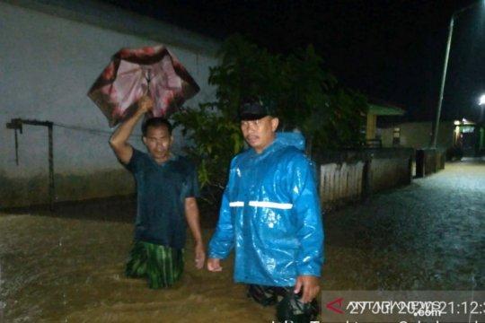 Banjir setinggi satu meter terjang enam desa di Aceh Selatan