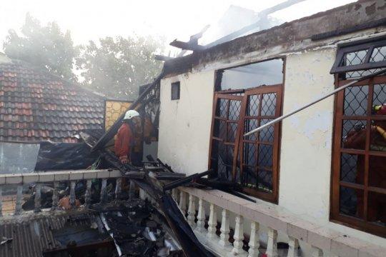 Rumah dua lantai di Cipinang Melayu terbakar akibat obat nyamuk
