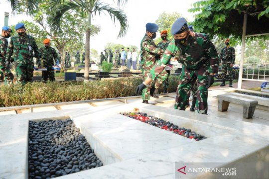 "Peringati Hari Bakti TNI-AU, Kasau ziarah ke makam ""Bapak AURI"