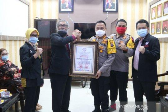 Kapolresta Deli Serdang terima penghargaan dari Komnas PA Indonesia
