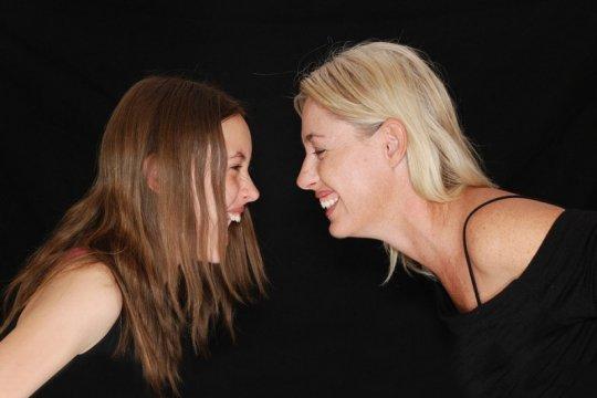 Introvert atau ekstrovert? Kenali pribadi anak agar komunikasi efektif