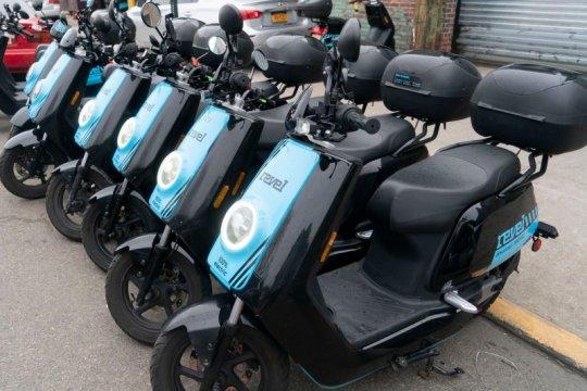 Kecelakaan paksa Revel hentikan layanan moped listrik AS