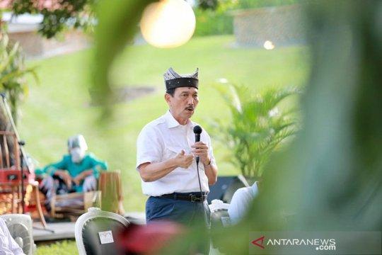 Cek Fakta: Luhut Panjaitan sebut arak Bali dapat turunkan jumlah penderita COVID-19?