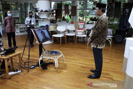 Yayasan Temasek serahkan bantuan 1 juta masker untuk Indonesia