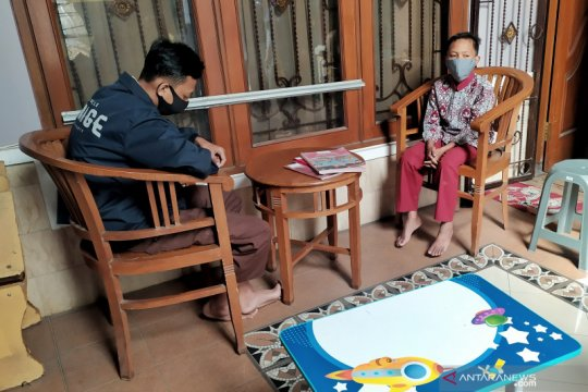 Seorang ASN di Bandung lakukan gerakan sedekah wifi untuk pelajar