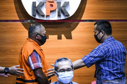 KPK menahan orang kepercayaan mantan Bupati Malang Rendra Kresna