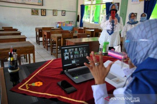 Wali murid terbantu dengan pembukaan sekolah di zona kuning dan hijau
