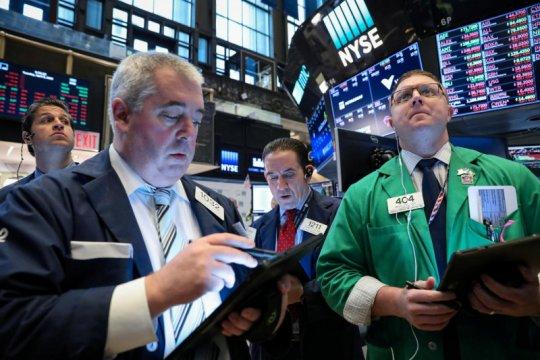 Wall Street dibuka naik tipis jelang pengumuman bank sentral AS