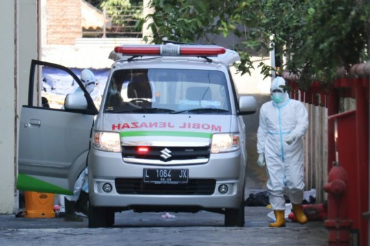 Pasien positif COVID-19 diduga bunuh diri di RSU Haji Surabaya