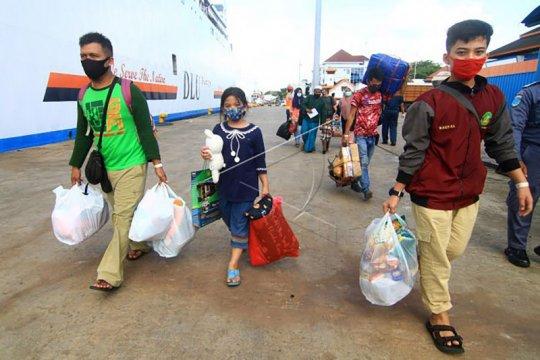 Keberangkatan 680 pekerja migran asal Malang ditunda akibat pandemi
