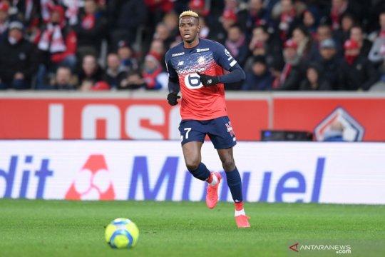 Napoli resmi datangkan penyerang Victor Osimhen dari Lille