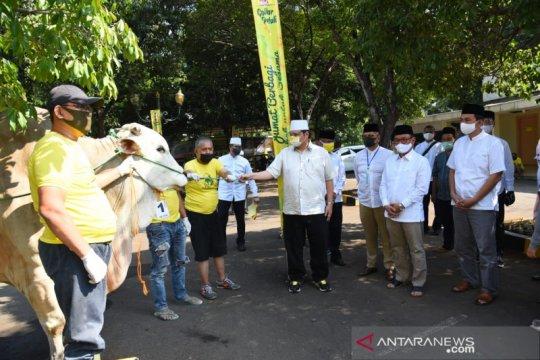 Airlangga: Idul Adha momentum Golkar tunjukkan kepedulian ke warga