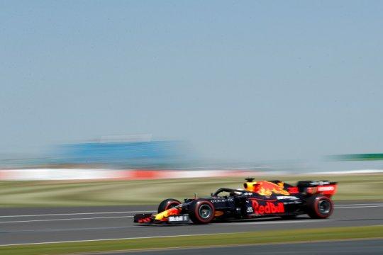 Verstappen tercepat di FP1 GP Britania, Hulkenberg kembali ke F1