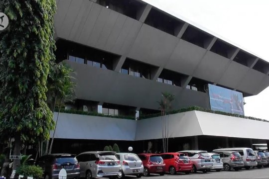 Gedung DPRD Jateng ditutup sementara akibat COVID-19