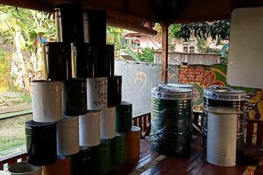 Membuat wastafel mewah dari drum bekas