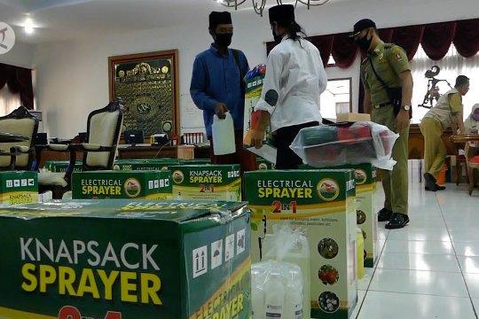 Satgas COVID-19 Temanggung salurkan bantuan bagi pondok pesantren