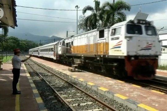 Sambut Idul Adha,  PT KAI Daop 1 Jakarta tambah 4 perjalanan kereta