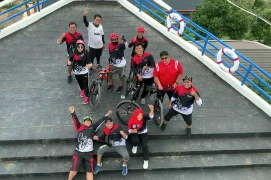 Serunya berwisata sambil bersepeda di Bukik Chinangkiak