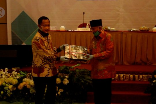 Mendagri ingatkan kepala daerah di Malut untuk tetap fokus penanganan corona