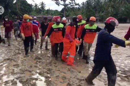 Terjunkan 450 personel, Tim SAR kembali temukan 3 korban banjir Masamba