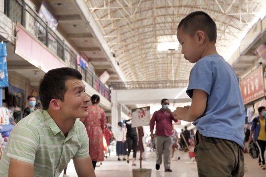Bantu para orang tua, pemuda Xinjiang dirikan pusat penitipan anak