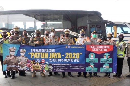 Dirlantas Polda Metro Jaya puji penerapan protokol kesehatan di  terminal bus