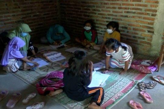 Garda Srigading, rumah belajar dengan wifi gratis selama pandemi