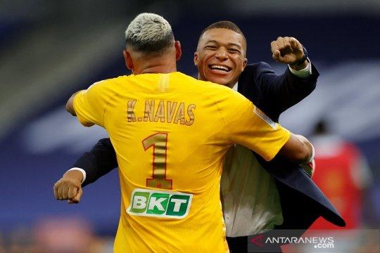 Menang adu penalti atas Lyon, PSG juarai Piala Liga Prancis