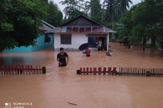 29 rumah di Bolaang Mongondow Selatan hanyut karena banjir bandang