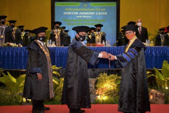 UNY berikan gelar doktor HC kepada Kepala BKKBN Hasto Wardoyo