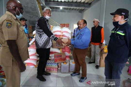 Freeport salurkan bantuan untuk korban banjir Iwaka