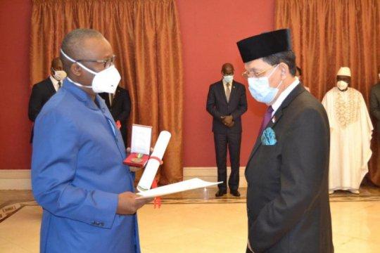 Dubes RI di Dakar terima penghargaan dari Republik Guinea-Bissau