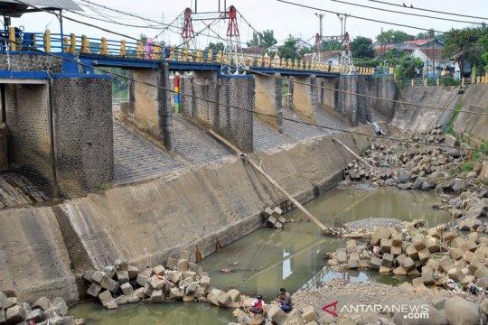 Debit air di Katulampa terus menyusut