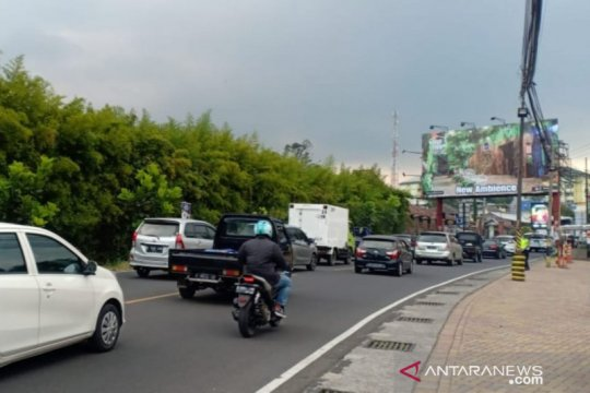 Antisipasi macet total, Jalur Puncak ke Bogor diterapkan satu arah