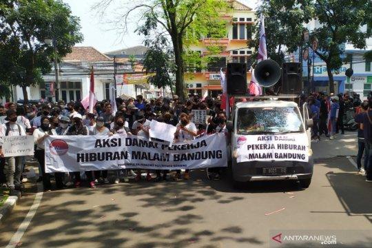 Pemkot Bandung jelaskan alasan tempat hiburan belum diizinkan buka