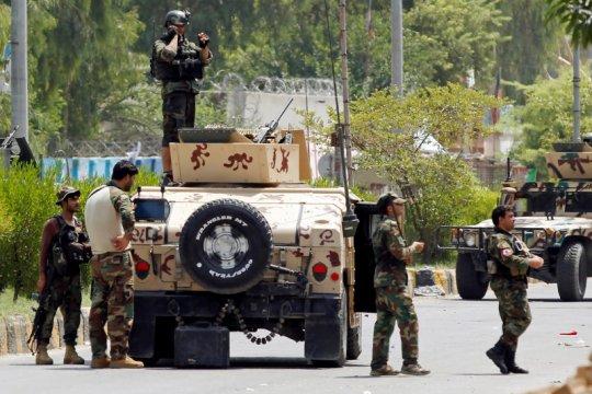 Afghanistan bebaskan 400 tahanan Taliban untuk memulai perundingan
