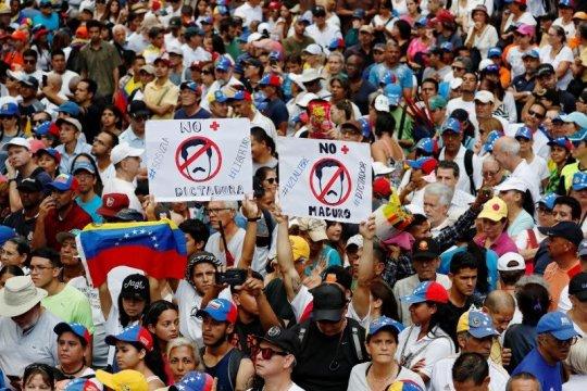 Pekerja medis Venezuela mulai terima upah dari dana yang disita AS