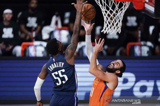 NBA: Dallas Mavericks vs Phoenix Suns