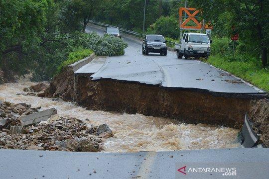 Banjir dan longsor sebabkan 21 orang tewas di Korea Selatan