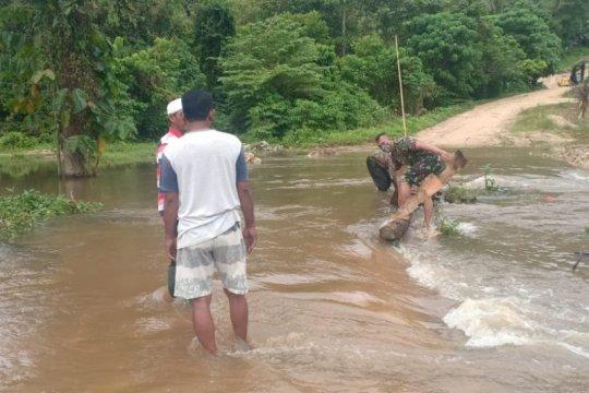 Curah hujan tinggi, BPBD Ternate siaga personel antisipasi bencana